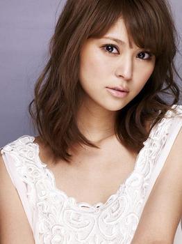 東野佑美profile.jpg